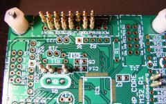 Core32 board test/program pinbed
