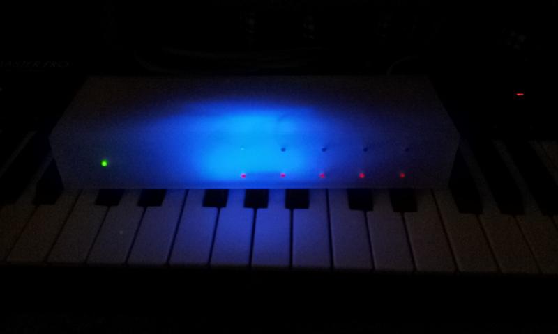 GM5x5x5 Box in the Dark glowing blue