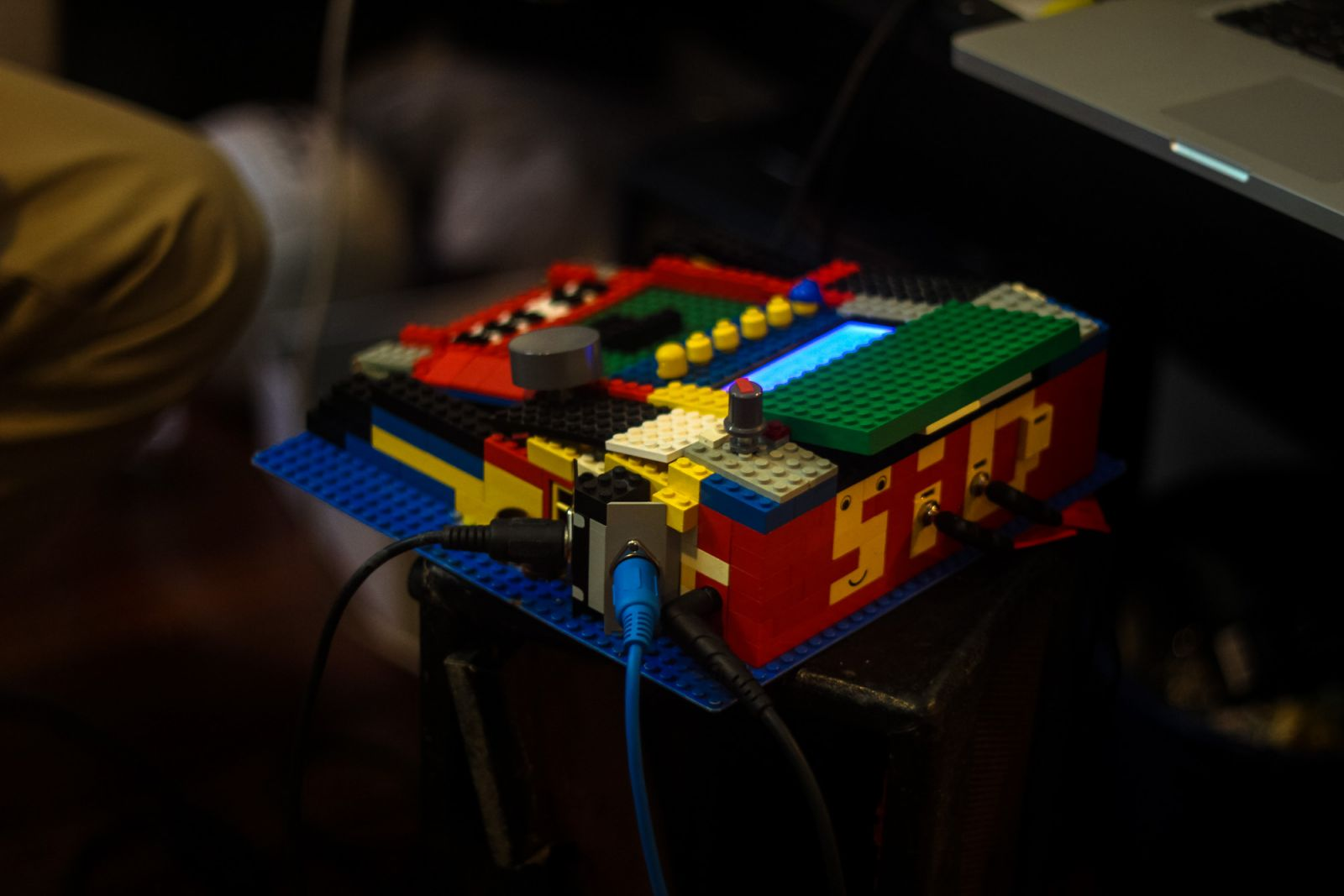 Midibox Sid LEGO mid design