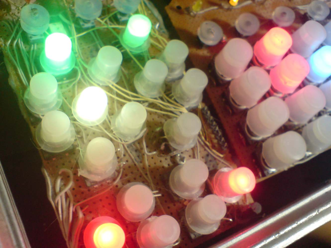 Selfmade illuminated Buttons 3