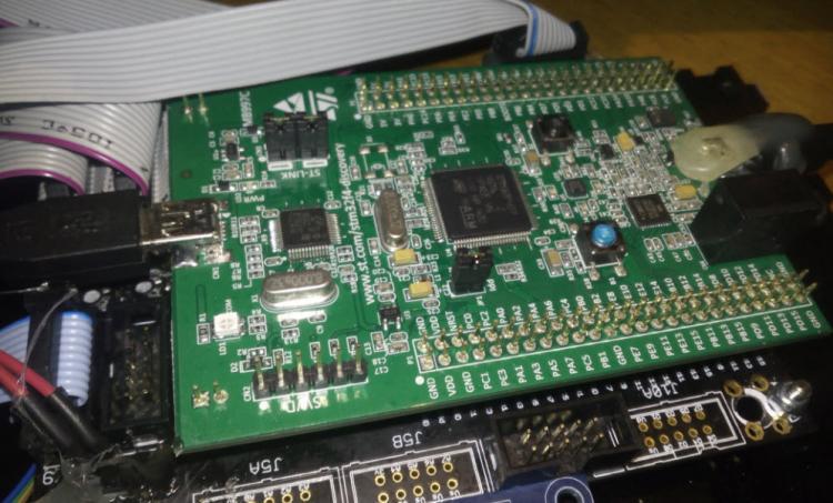 568aa125b7a80_MBSEQgluedmicroport.thumb.